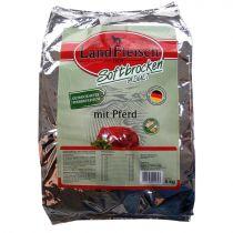 LandFleisch | Softbrocken Adult mit Pferd